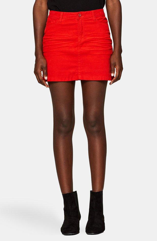 Falda naranja de pana de Esprit: vuelven las minifaldas