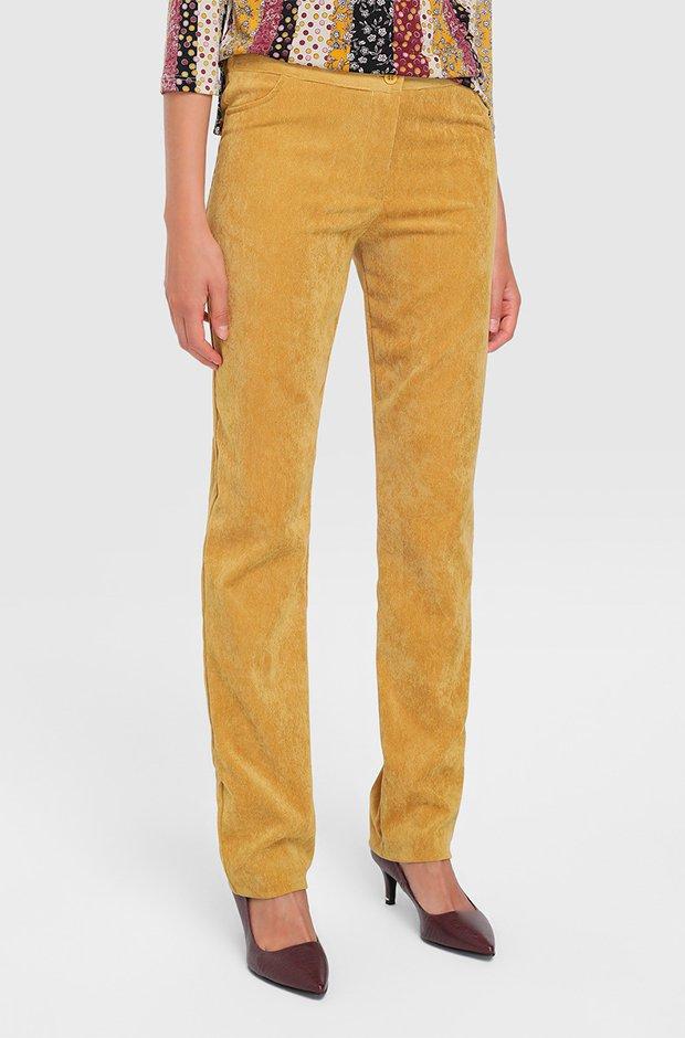 Pantalones de pana amarillos de El Corte Inglés