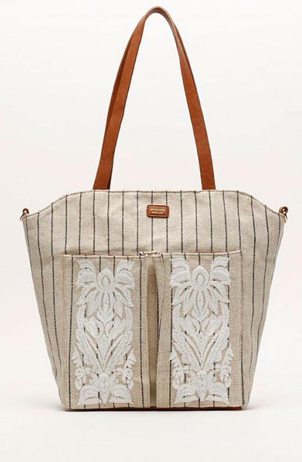 Shopper con bordados: bolsos verano y oficina