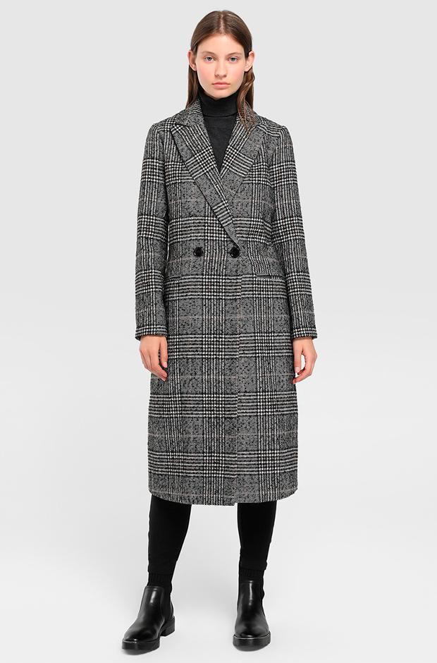 Abrigo largo de cuadros en tonos grises