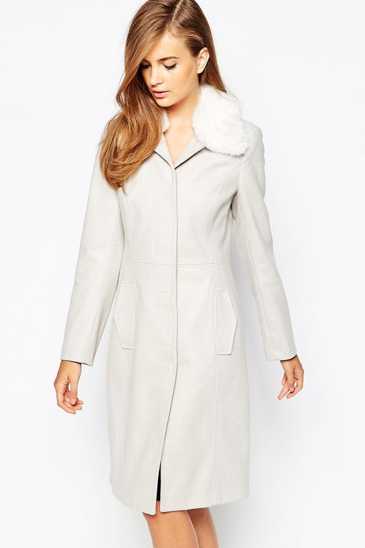 Abrigo blanco para novias