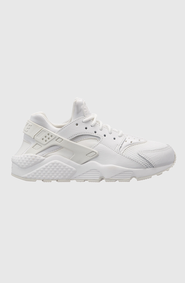 Air Huarache Run de Nike: sneakers looks oficina