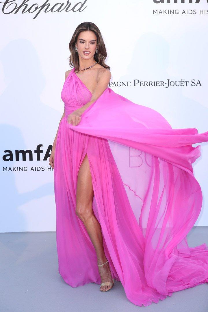 Alessandra Ambrosio Gala amfAR 2018 Cannes