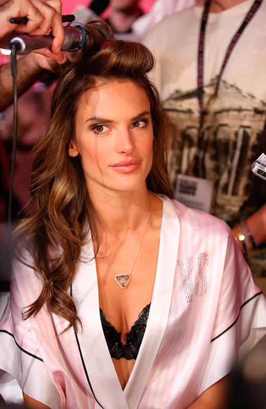 Alessandra Ambrosio Victoria's Secret Backstage