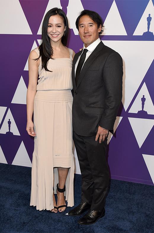 Elizabeth Chai Vasarhelyi y Jimmy Chin en el amuerzo de los nominados a los Oscar 2019