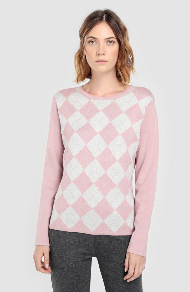 Jersey rosa de rombos de Antea: prendas estampados otoño