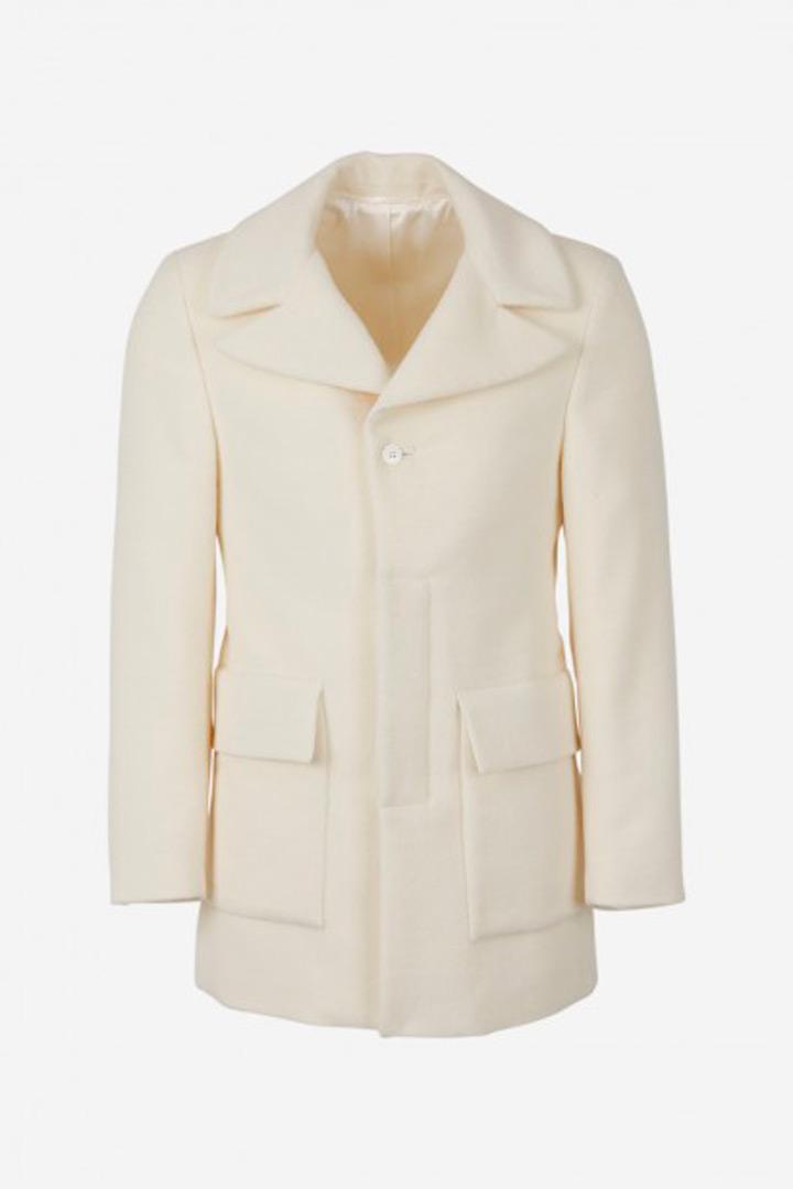 Abrigo blanco de Avellaneda