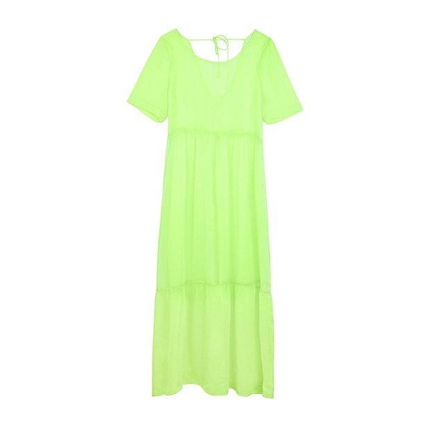 Vestido semitransparente neón de la colección SS19 de Bershka