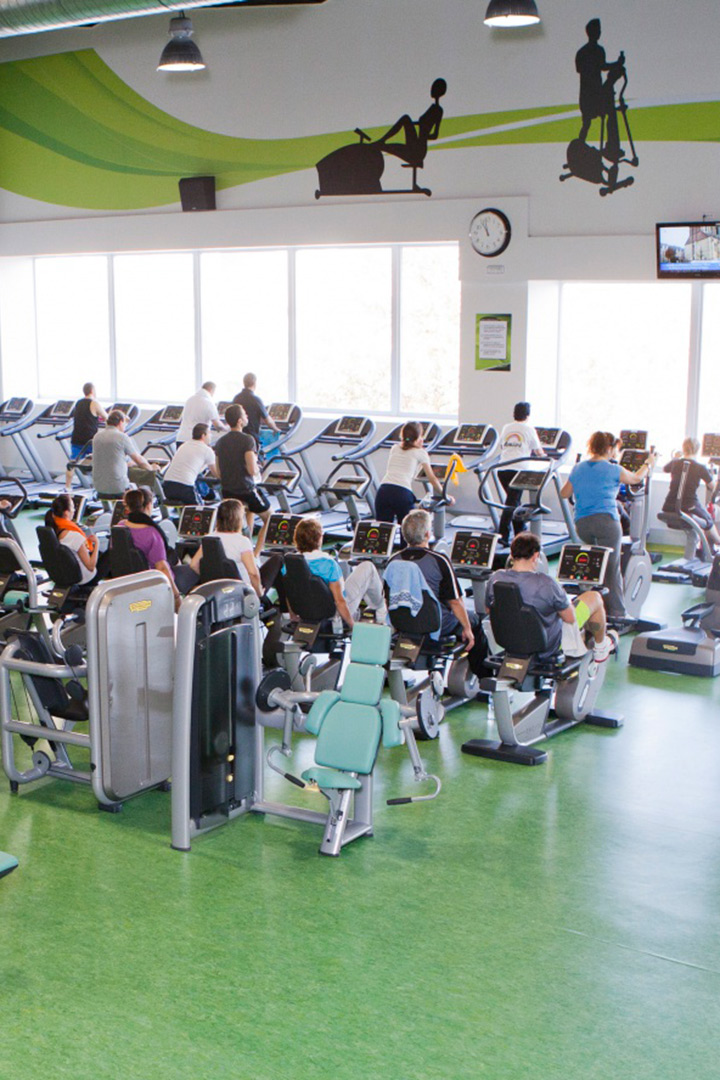Fitness gimnasios para deportistas y principiantes for Gimnasio dreamfit