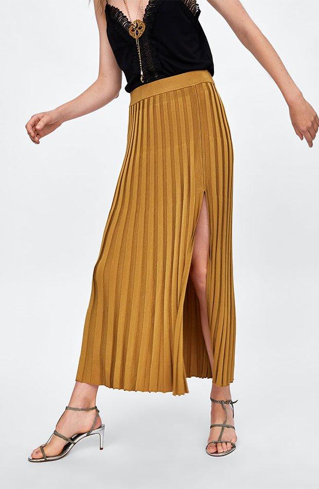 Falda plisada amarilla de Dress Time de Zara