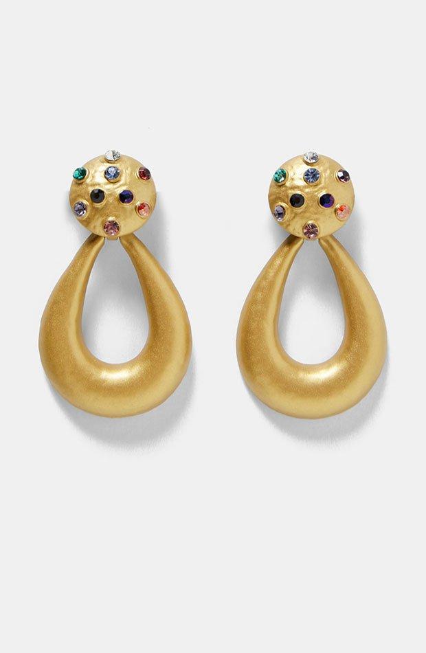 Pendientes dorados con piedras de Dress Time de Zara