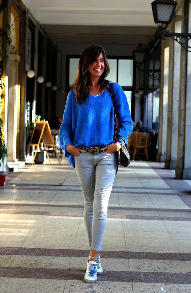 Mytenida con jersey azul