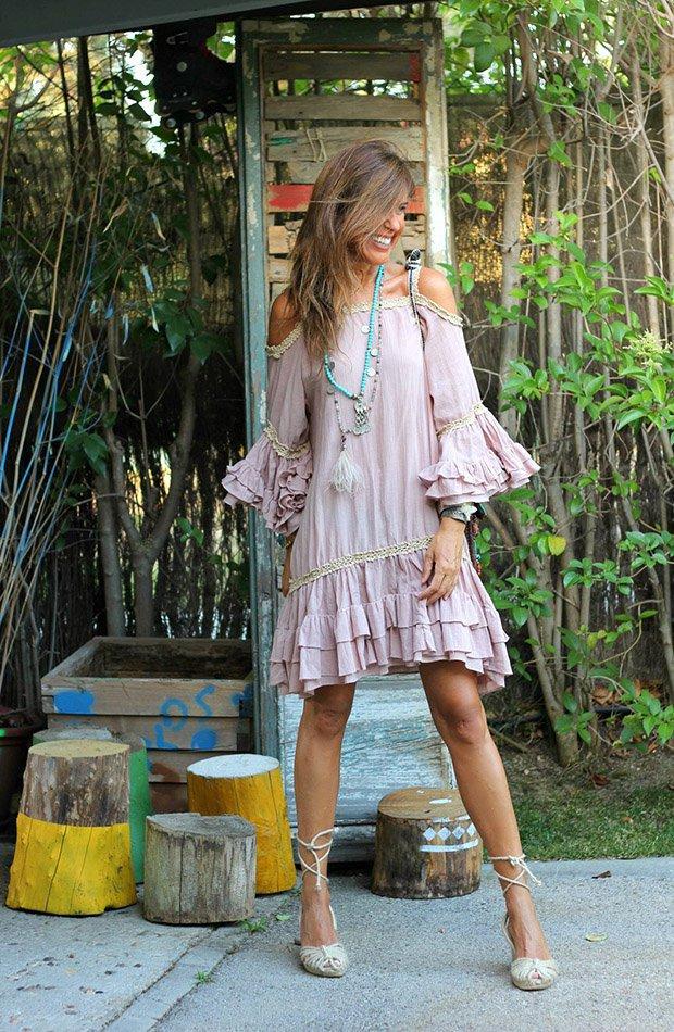 El estilo de Mytenida con vestido rosa