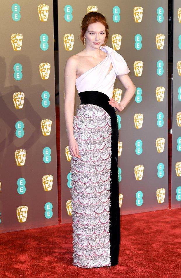 Eleanor Tomlinson Premios BAFTA 2019