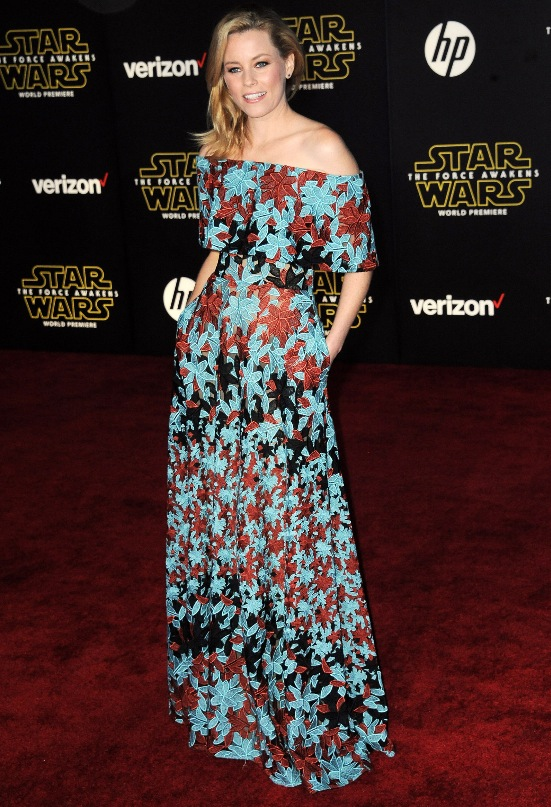 Elizabeth Banks in Elie Saab_red_carpet_star-wars
