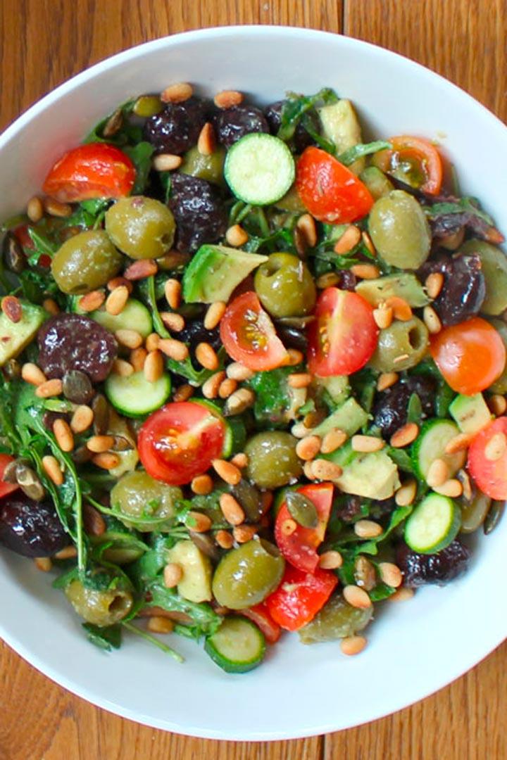 Las mejores ensaladas para el verano stylelovely for Comidas de verano saludables