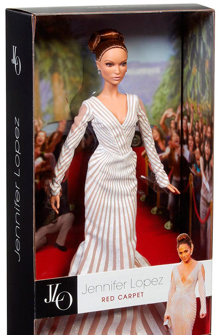 Exposición de barbie en la fundación canal