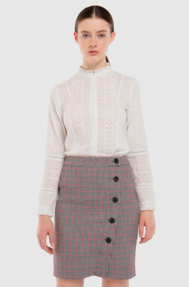 Falda de cuadros con botones de El Corte Inglés