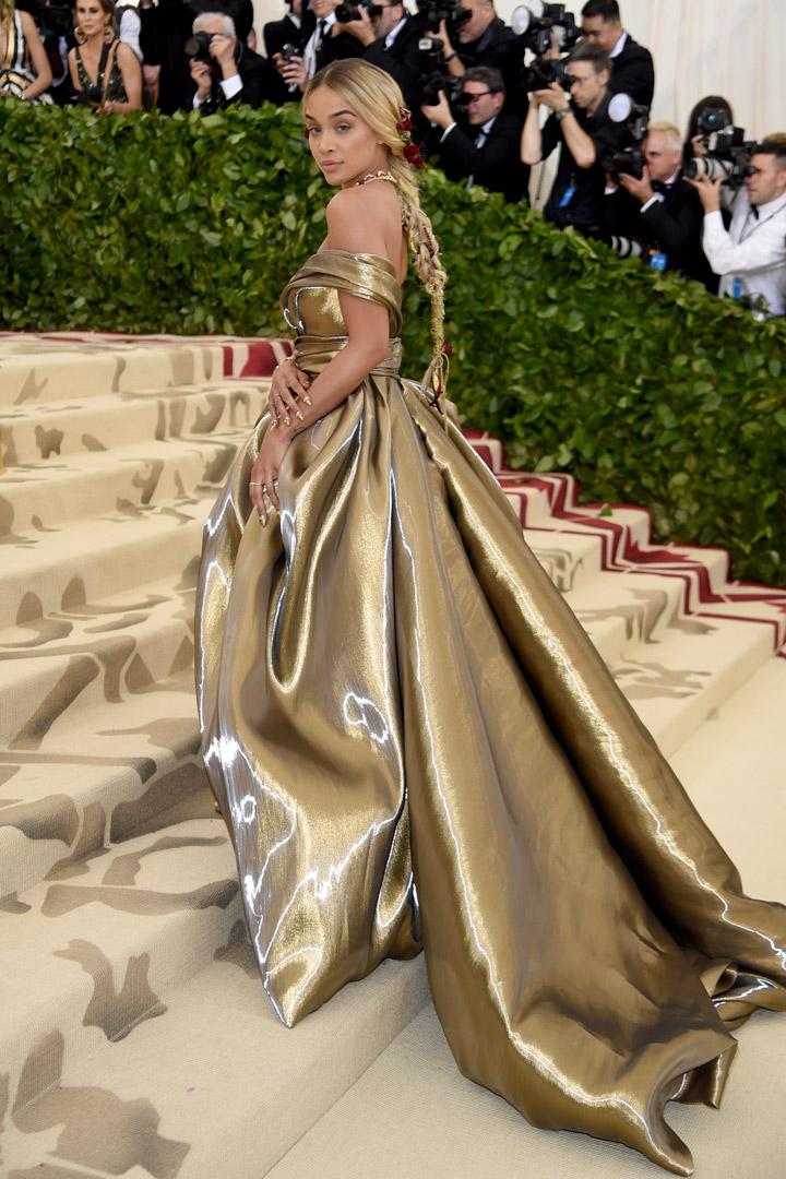 Jasmine Sanders Looks Met Gala 2018