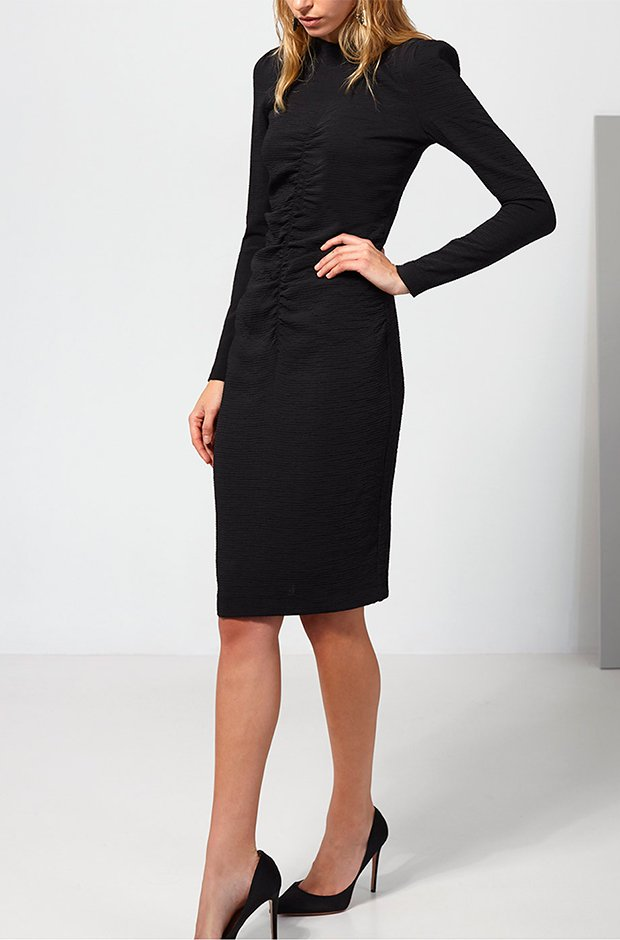 Vestido midi negro de Intropia