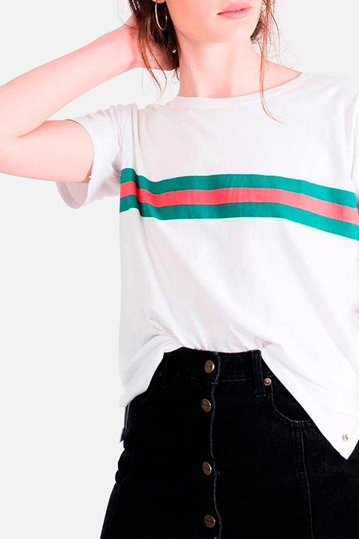 Camiseta blanca de Brownie