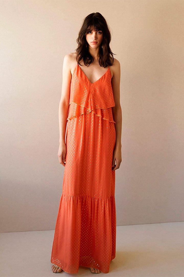 Looks de invitada en rebajas: Maxi vestido naranja