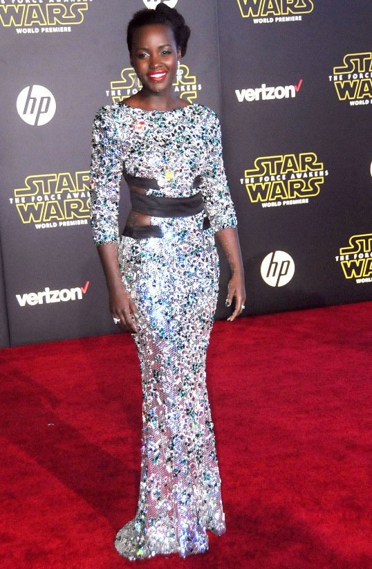 Lupita_Nyongo_red_carpet_star_wars