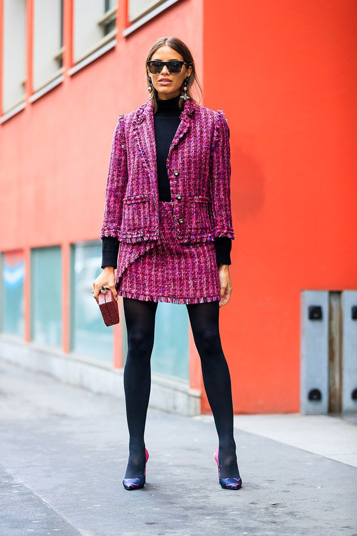 Traje de tweed en el street style de Milan Fashion Week