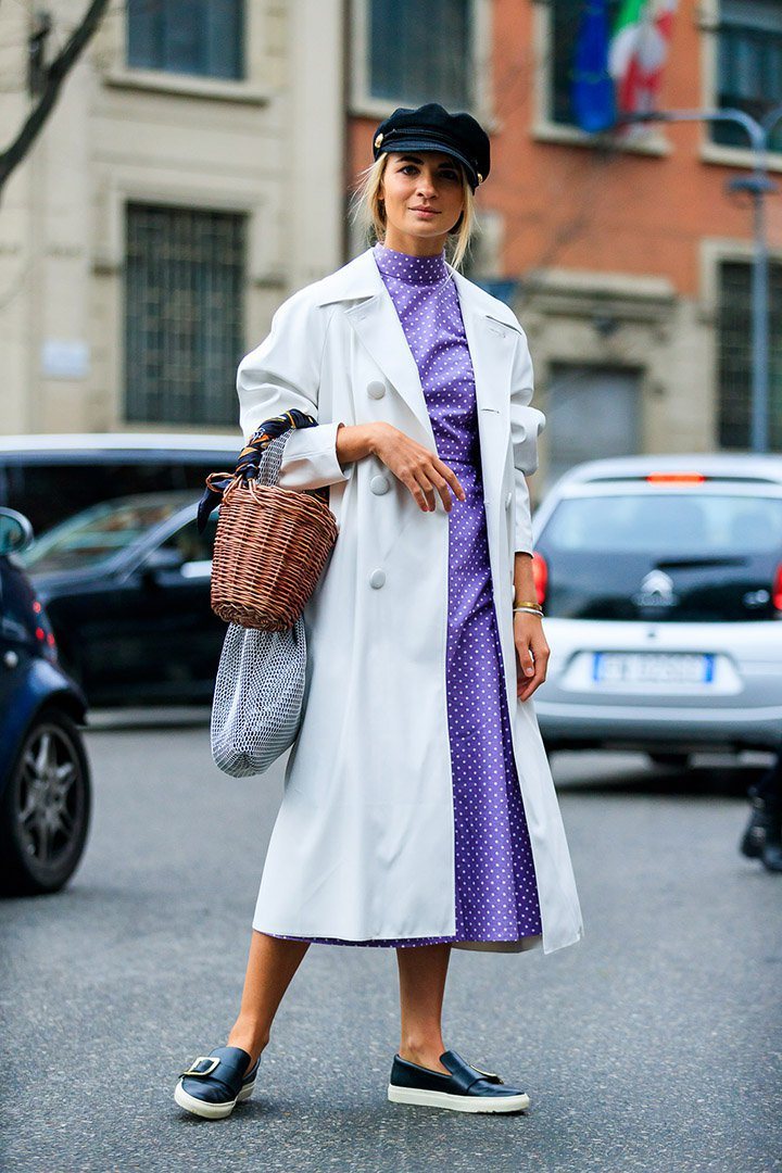 look ultravioleta en el street style de Milan Fashion Week