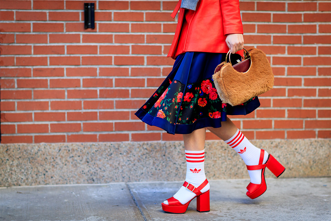 Sandalias con calcetines en New York Fashion Week