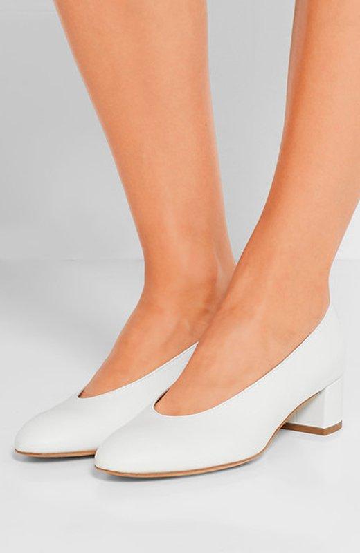 novias_lluvia-zapatos-mansur_gavriel-entrada