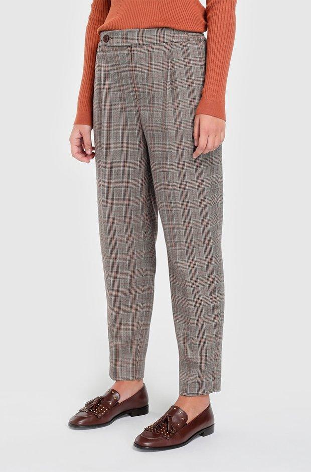 Pantalones masculinos de cuadros de El Corte Inglés