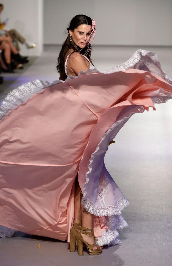Perfecto Vestido De Novia De Costura Modelo - Colección de Vestidos ...