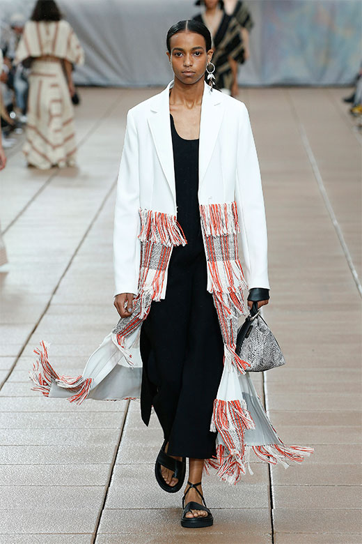 Look blanco y negro de Phillip Lim Ready to Wear SS 2019