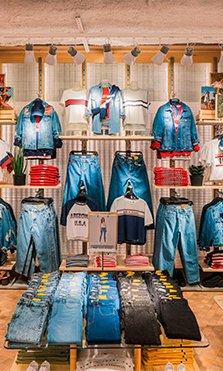 Pull&Bear abre su tienda más grande del mundo