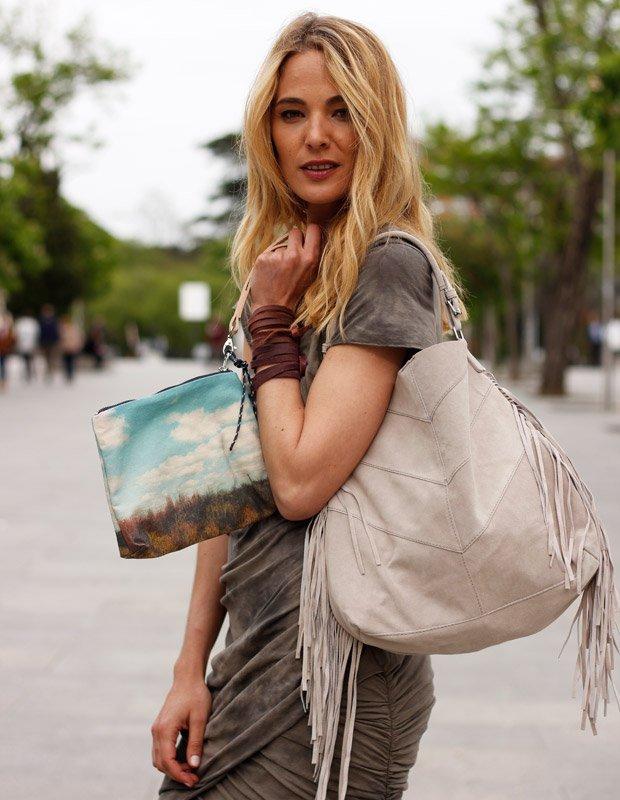 Marta Español con bolso de Zubi © Slow Love