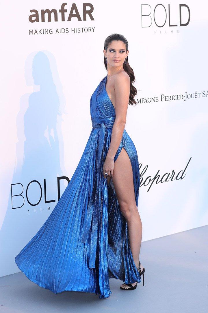 Sara Sampaio Gala amfAR 2018 Cannes