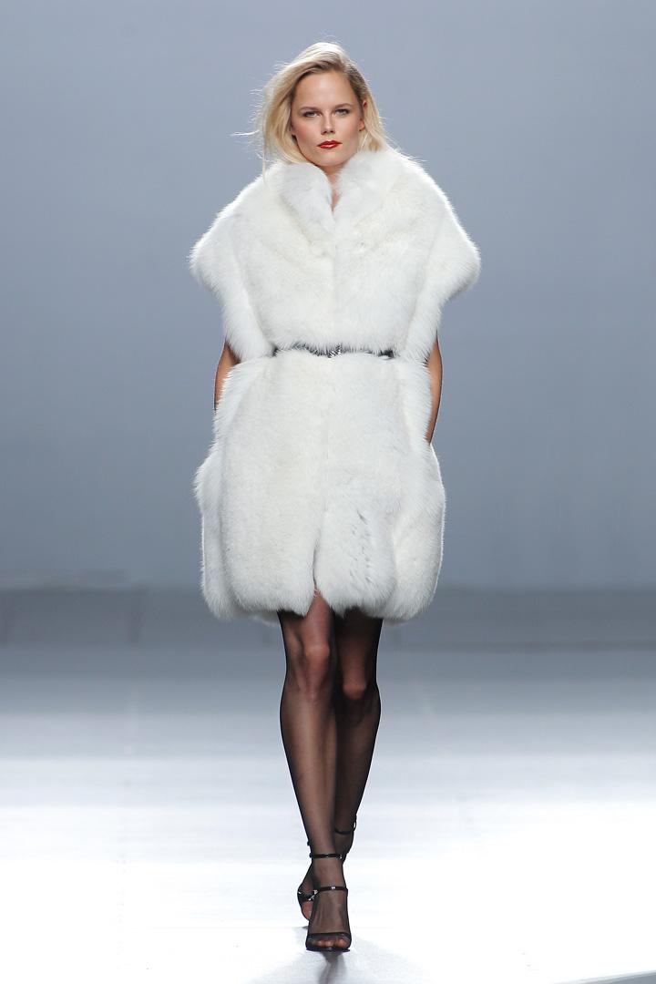 Abrigo blanco The 2nd Skin Co. Otoño/Invierno 2016/2017