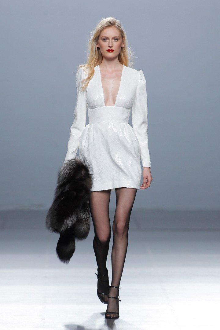 Vestido blanco Desfile The 2nd Skin Co. Otoño/Invierno 2016/2017