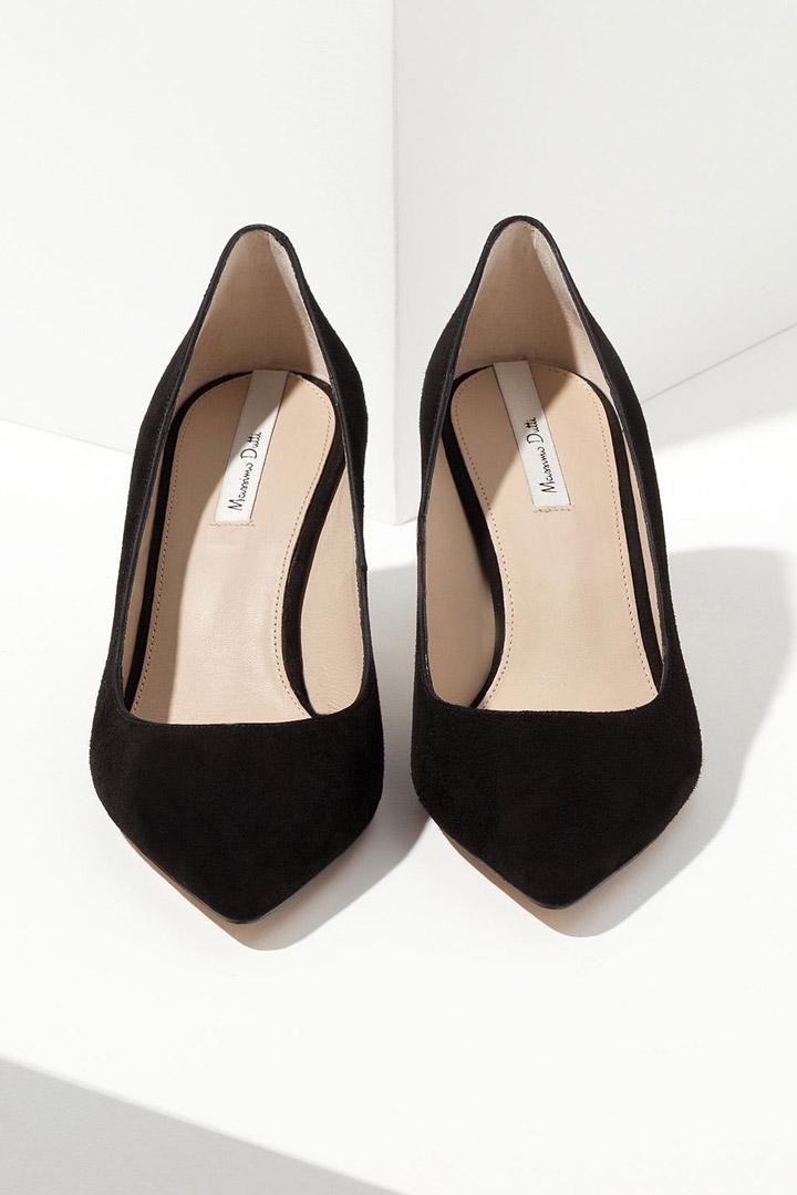 4fed6346 Salones de ante negro. Si hay unos zapatos ...