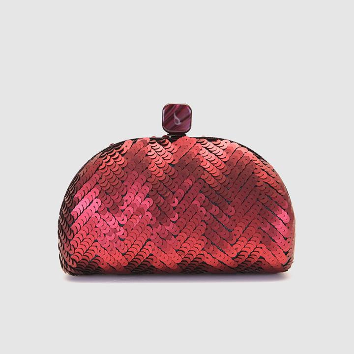 Clutch en granate con lentejuelas de Abbacino: complementos look fiesta