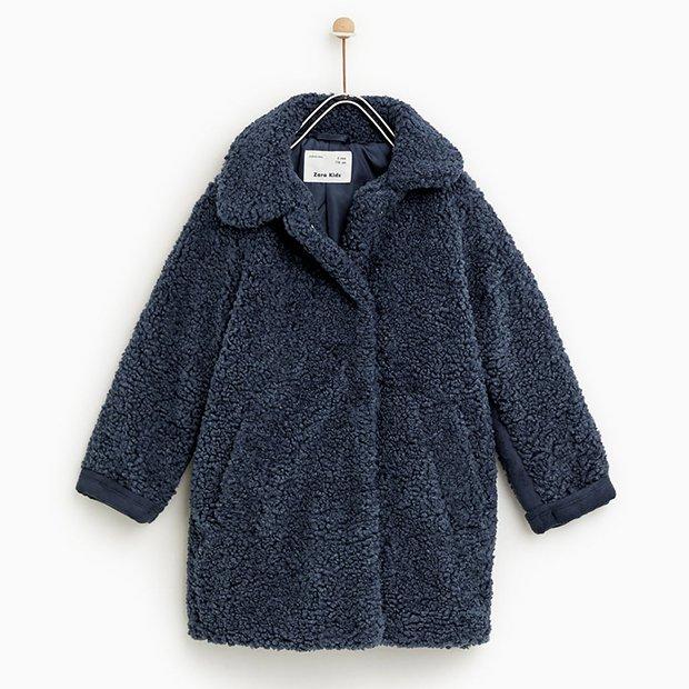 Abrigo borreguito azul de Zara Kids invierno 2018