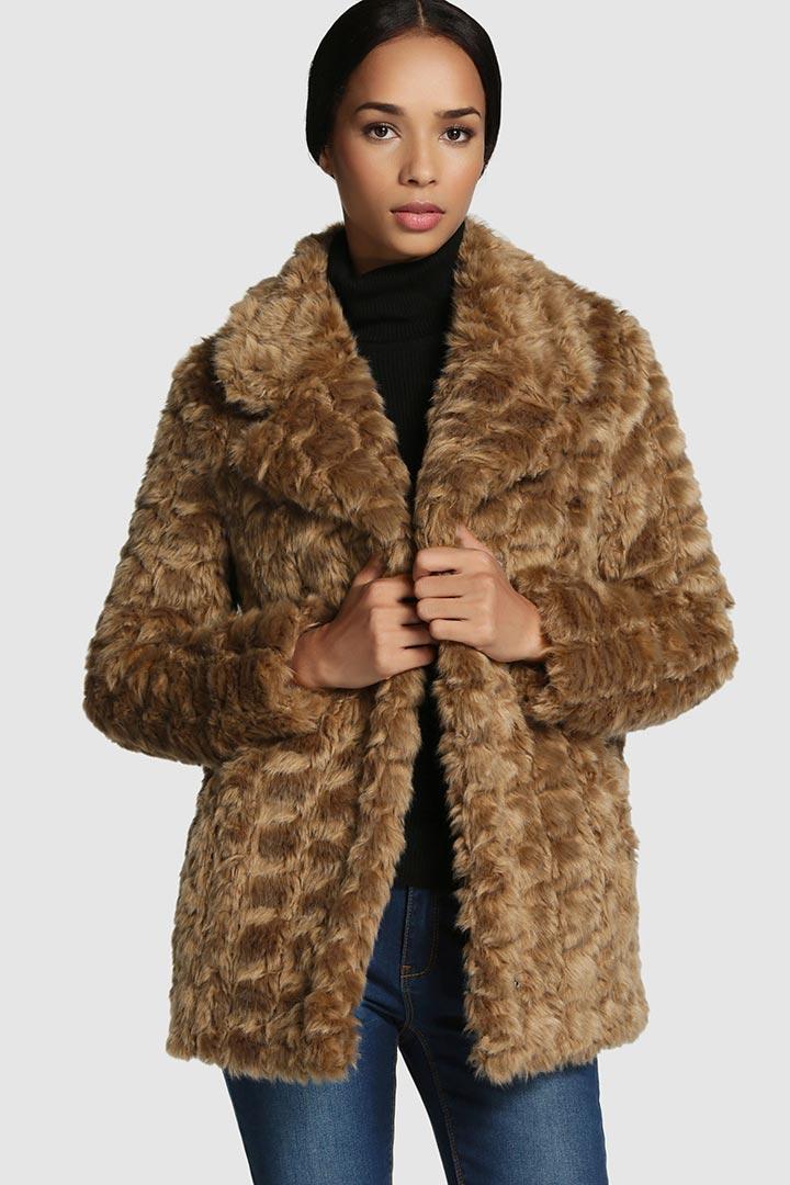en stock seleccione para el despacho outlet(mk) Lleva el frío con estilo: abrigos de pelo - Moda