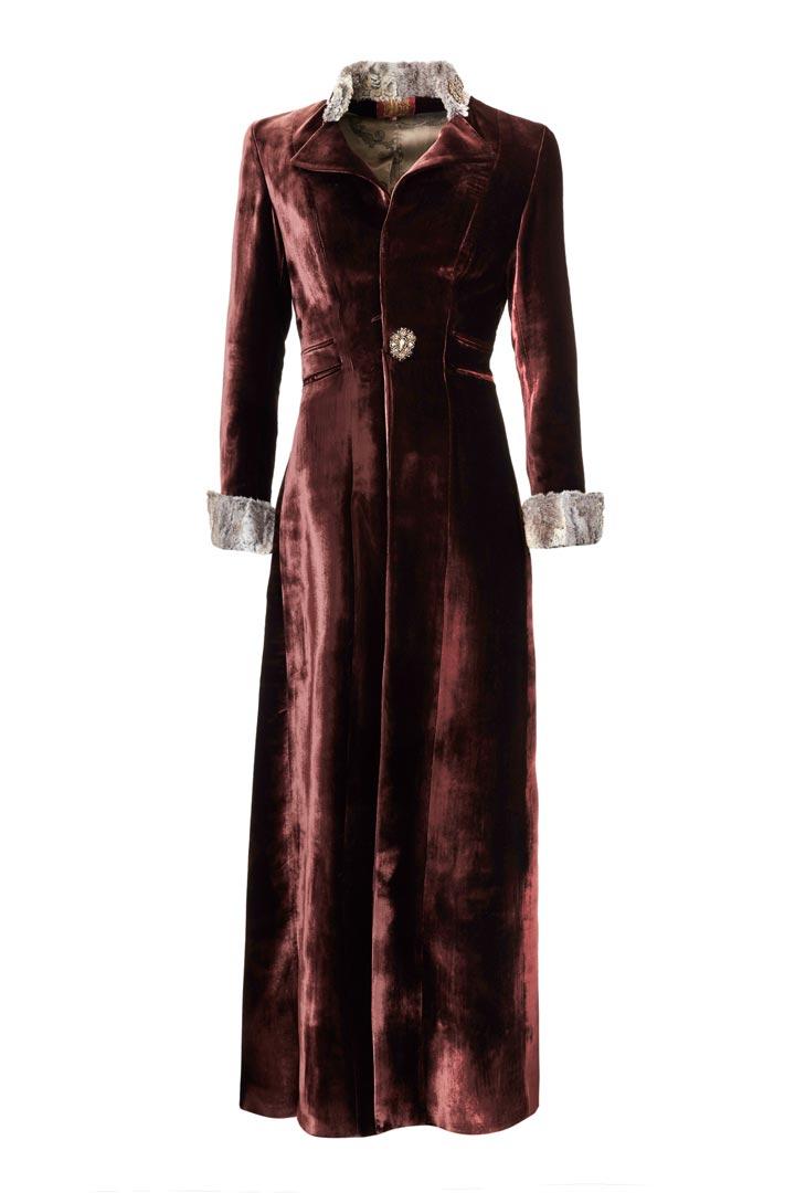 Abrigo largo vino