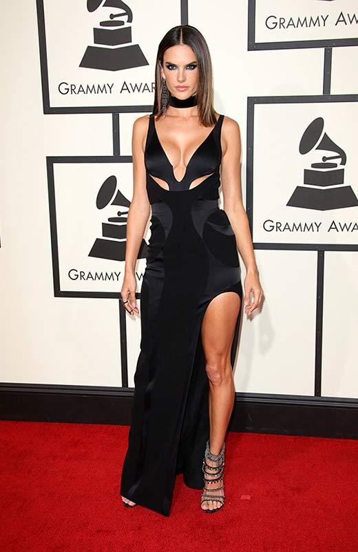 Alessandra Ambrosio en los Grammy 2016
