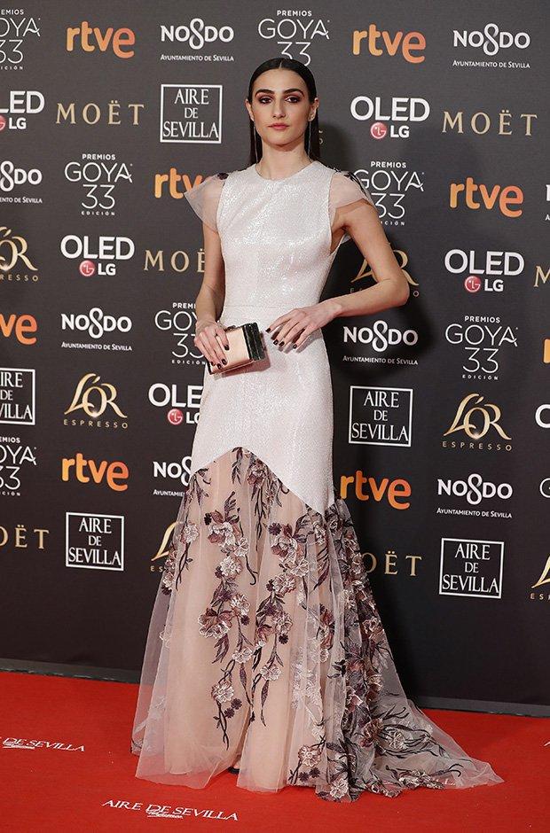 Sandra Escacena en la alfombra roja de los Premios Goya 2019