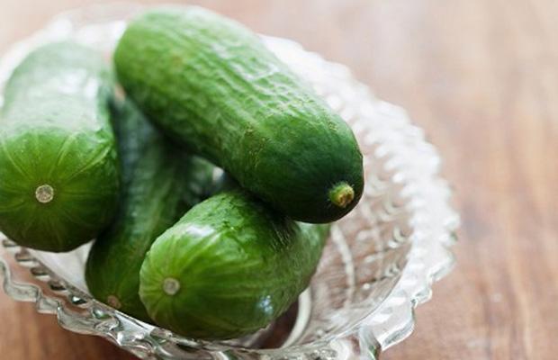 Los pepinos tienen 16 calorías por cada 100g.
