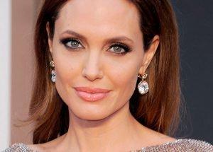 Angelina Jolie será profesora