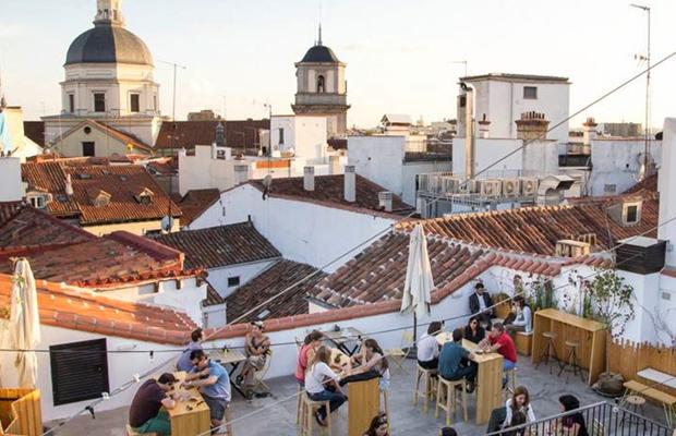 bares y restaurantes con terraza en Madrid. The Hat