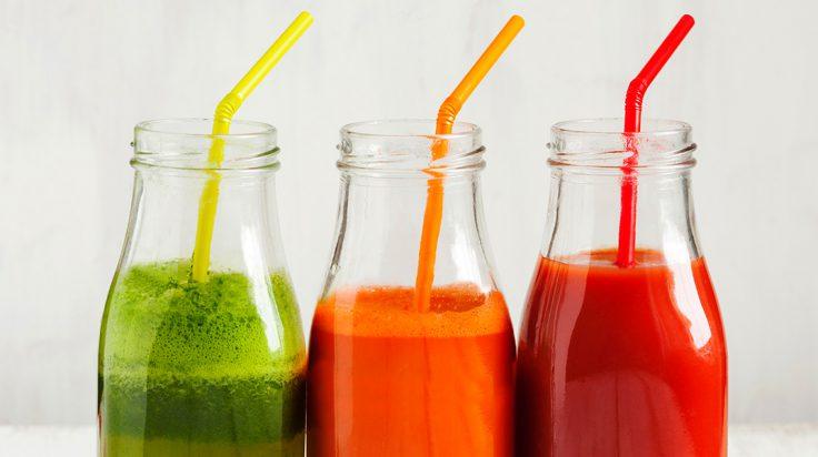 Tres batidos de diferentes sabores de Fit Food